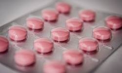 Ottimizzare la filiera del farmaco: il rapporto tra produttori e farmacie
