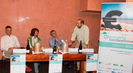 Servono regole e incentivi fiscali per stimolare  l'impegno sociale delle imprese italiane