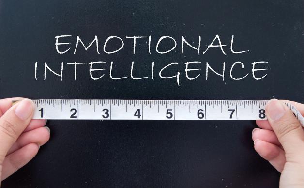 Le caratteristiche che un intelligente emotivo possiede e la loro importanza