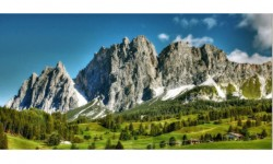 Cortina d'Ampezzo: località turistica trendy a favore della mobilità elettrica
